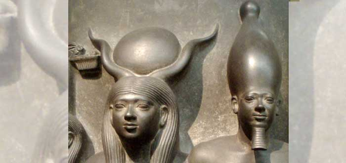 5 Gods with horns. Why did they carry antlers?