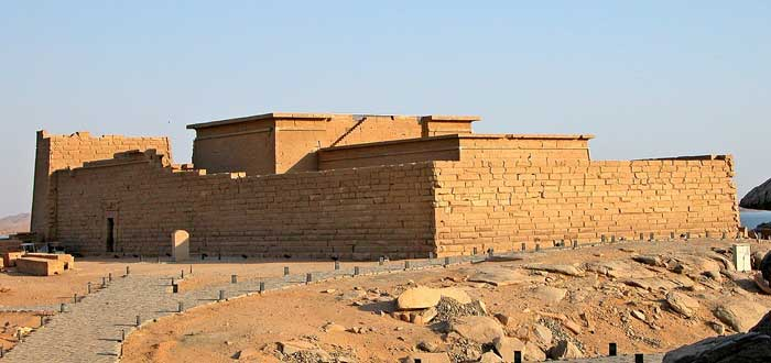 15 impressive Egyptian Temples 8