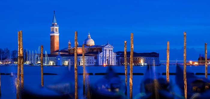 30 Curiosities of Venice captivating