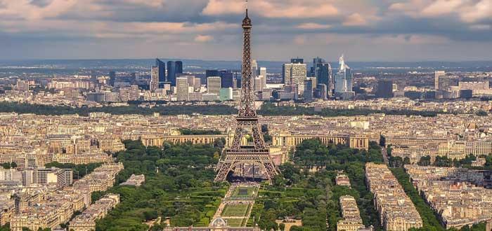 40 Impressive Eiffel Tower Curiosities 5