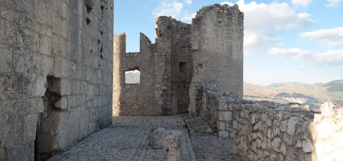 Abandoned castles calascio