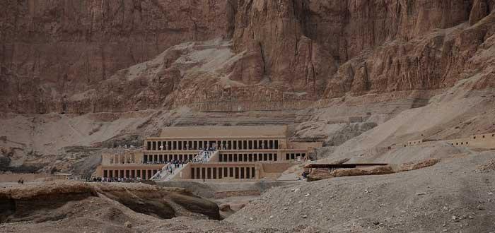 15 impressive Egyptian Temples 4