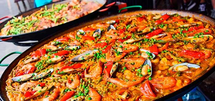 Giant paellas 2
