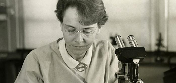 scientific women 1