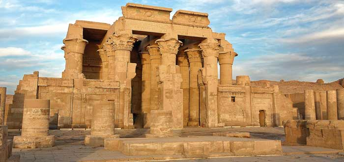 15 Awesome Egyptian Temples 3