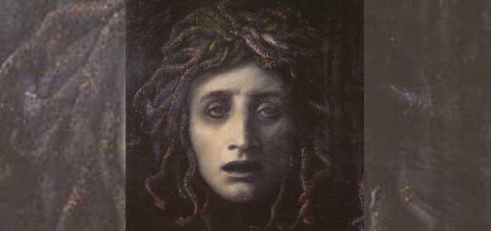 3 Myths of the goddess Athena 4