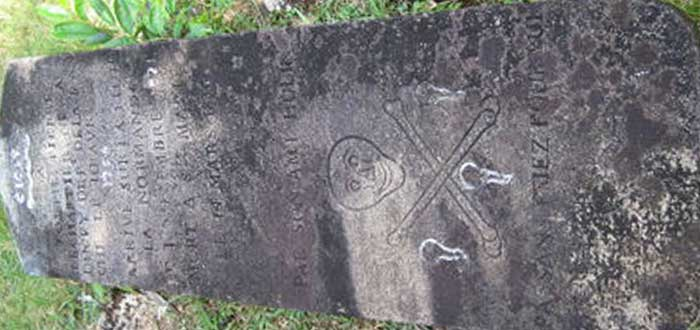 Discover the only pirate cemetery in the world 2