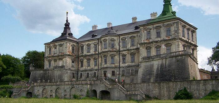 abandoned castles, ukraine
